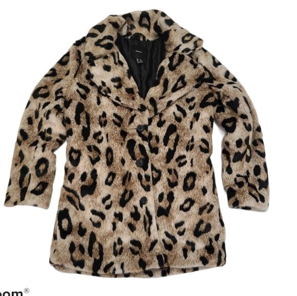Forever 21 Faux Leopard jacket coat size m…